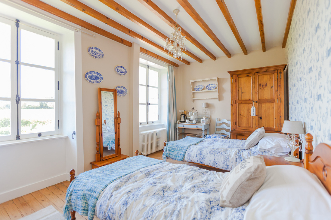 IMG_8654-Old-Farm-Bed-Breakfast-Amfreville-Vieille-Ferme-Chambres-dhotes