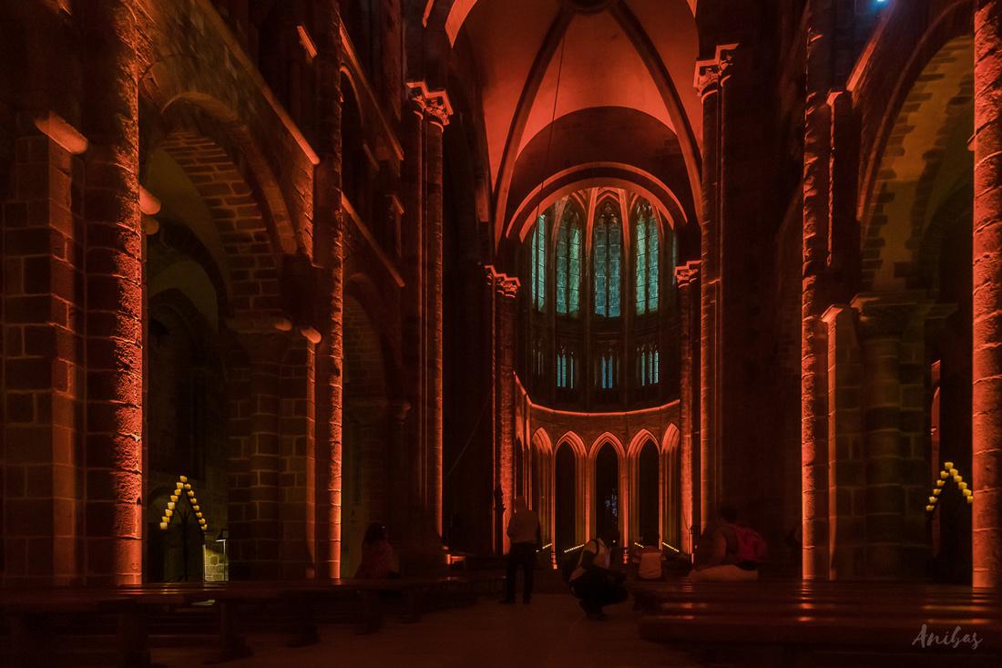 Nocturnes de l'Abbaye - Mont St Michel - Manche - Normandie - France © Sabina Lorkin @anibasphotography