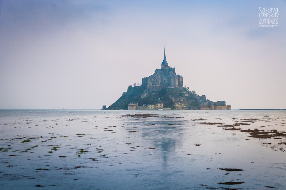 Découvrez les photos des Marées du siecle au Mont St Michel - © Sabina Lorkin @anibasphotography
